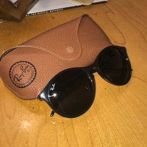 NWT and case Ray Ban sunglasses